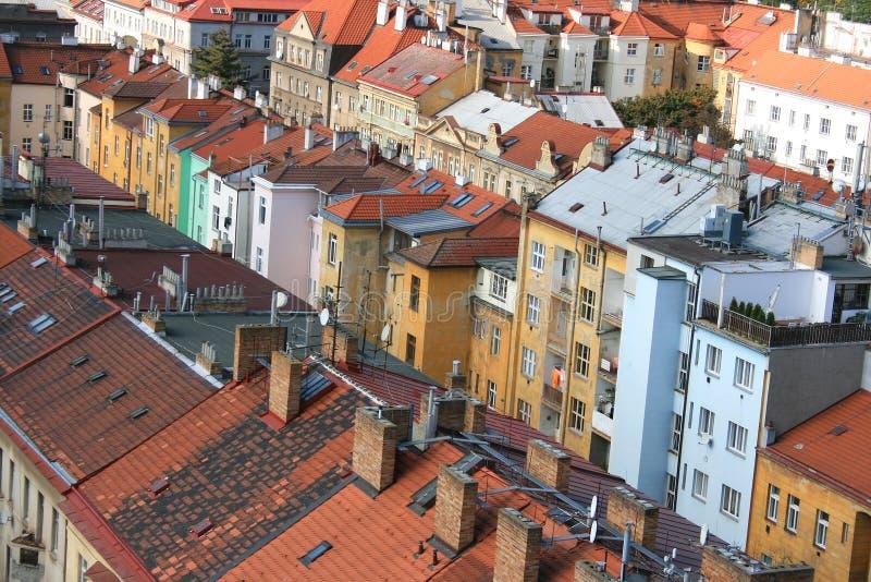 Mooie oude huizen in Praag stock afbeelding