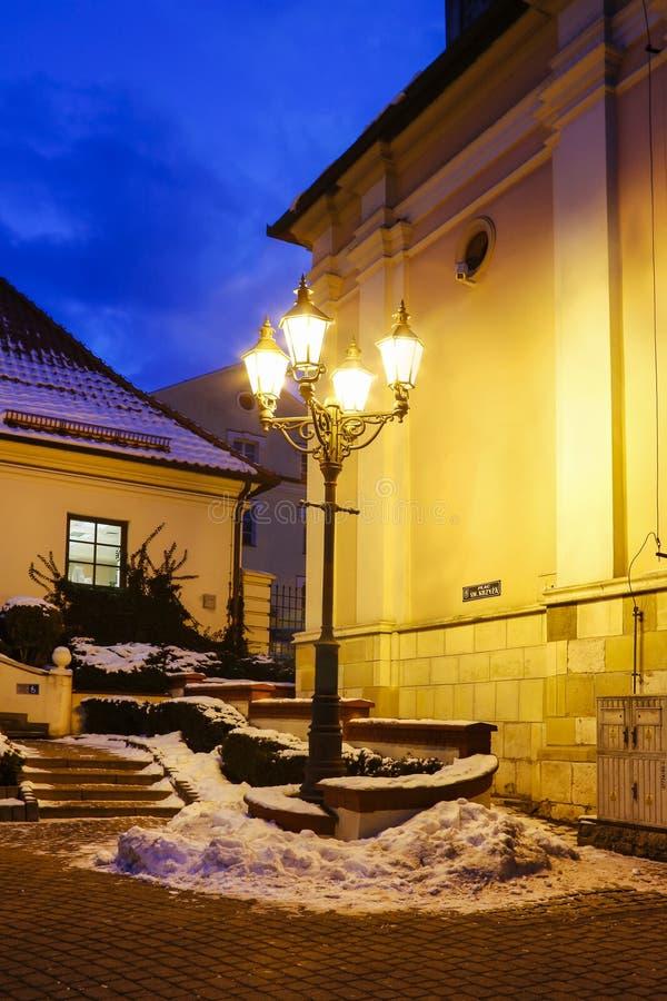 Mooie oude lantaarn in oude stad, Wieliczka, Polen royalty-vrije stock afbeeldingen