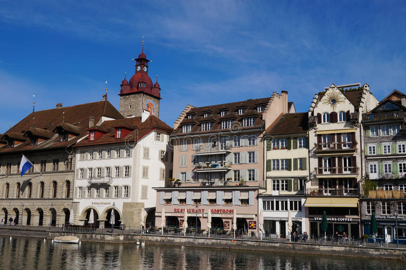 Mooie oude stad in de lente, Luzern stock foto