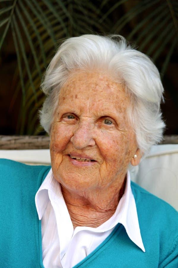 Mooie Oude vrouw stock fotografie
