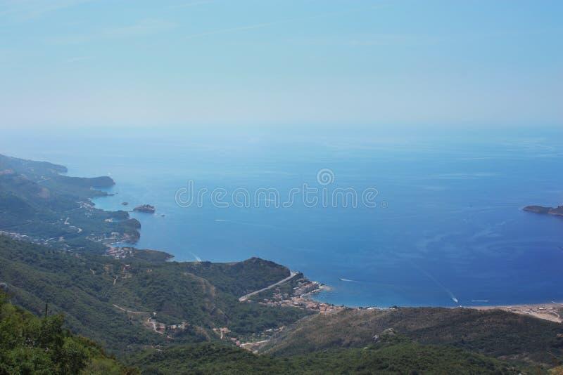 Mooie overzeese mening in Montenegro stock foto's