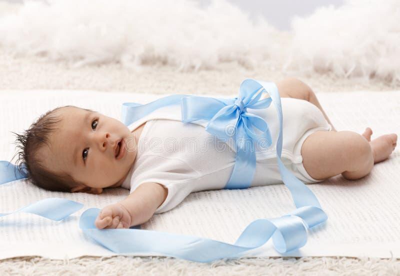 Mooie pasgeboren baby royalty-vrije stock afbeelding
