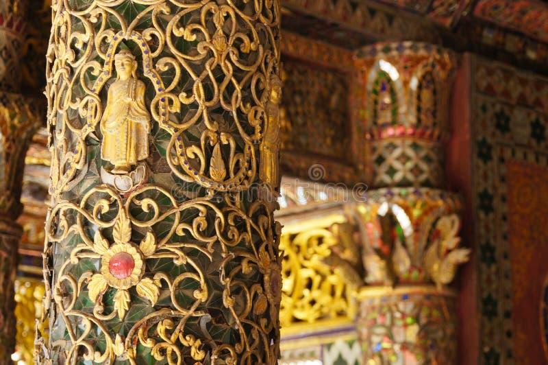 Mooie pool van Wat Phra Kaew Don Tao, Lampang, Noordelijke Thail royalty-vrije stock foto's