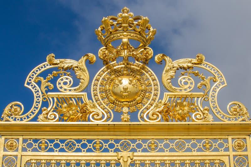 Mooie poort van het paleis van Versailles stock fotografie