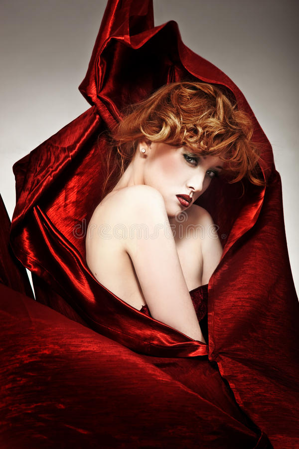 Mooie redhead vrouw royalty-vrije stock fotografie