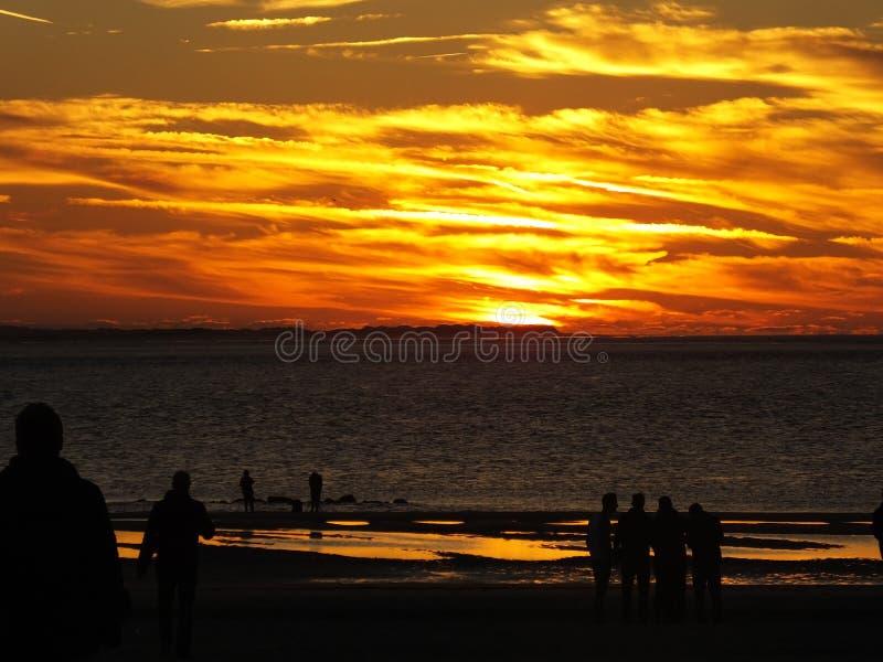 Mooie rode zonsondergang stock foto