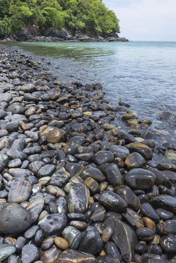 Mooie rots op Koh Hin -hin-ngam dichtbij het nationale park van Tarutao royalty-vrije stock foto