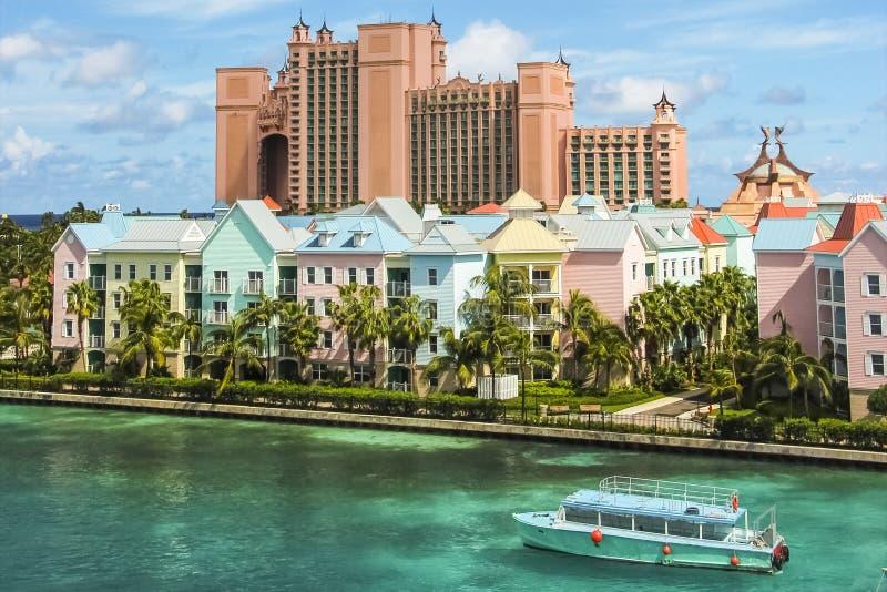 Mooie scène van kleurrijke huizen in Nassau, de Bahamas royalty-vrije stock fotografie