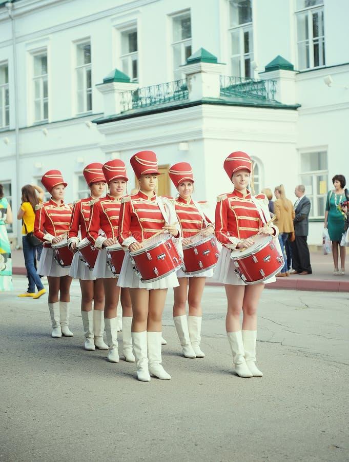 Mooie slagwerkermeisjes stock fotografie