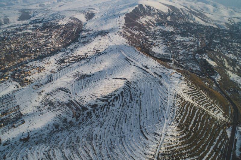 Mooie sneeuwheuvels royalty-vrije stock afbeelding