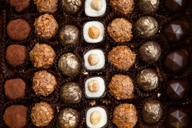 Mooie snoepjes in de giftdoos stock fotografie
