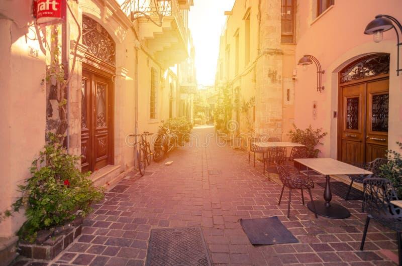 Mooie straat in Chania, Kreta, Griekenland royalty-vrije stock foto