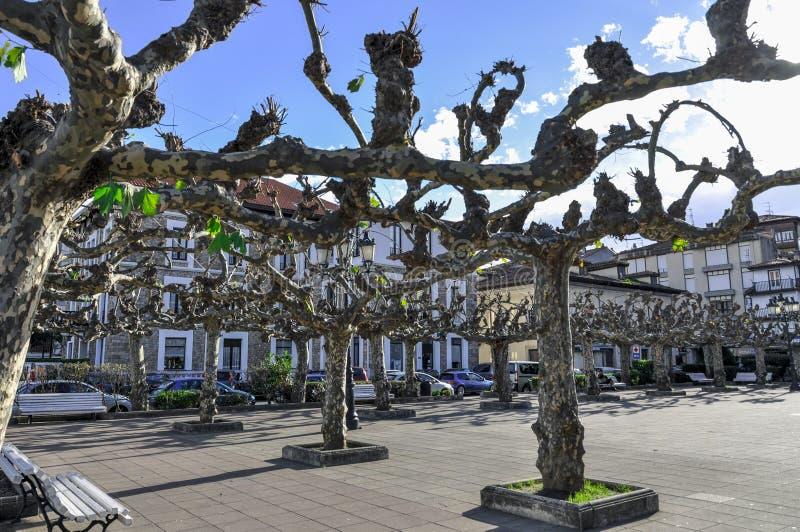 Mooie straat van een kleine Europese stad van San Vicente DE La B royalty-vrije stock afbeelding