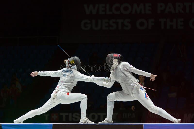 Mooie strijd op kampioenschap van wereld in het schermen stock foto