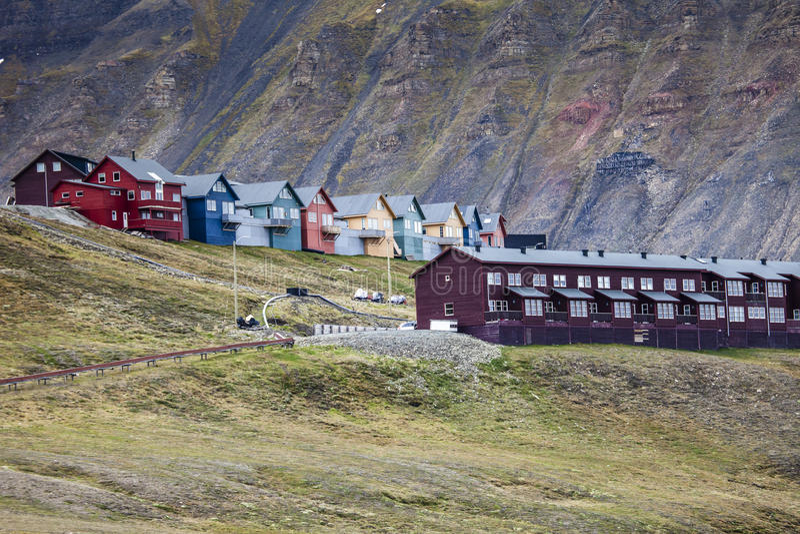 Mooie toneelmening van Longyearbyen (Svalbard eiland), Noorwegen royalty-vrije stock foto's