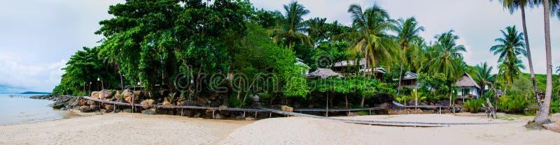 Mooie tropische strandhuizen stock foto