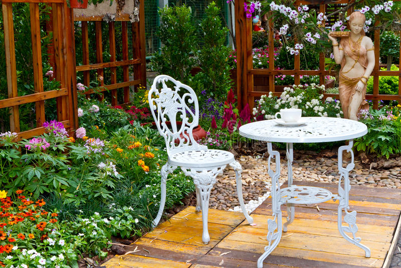 Mooie tuin royalty-vrije stock fotografie