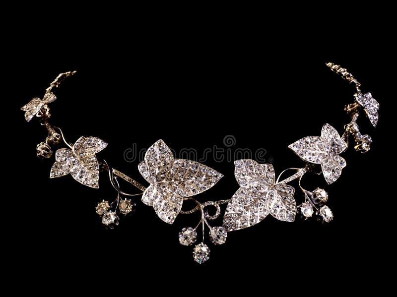 Mooie uitstekende diamanthalsband stock foto's