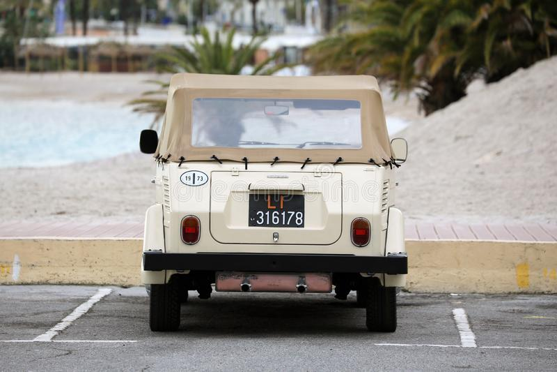 Mooie uitstekende Volkswagen-dingsauto royalty-vrije stock fotografie