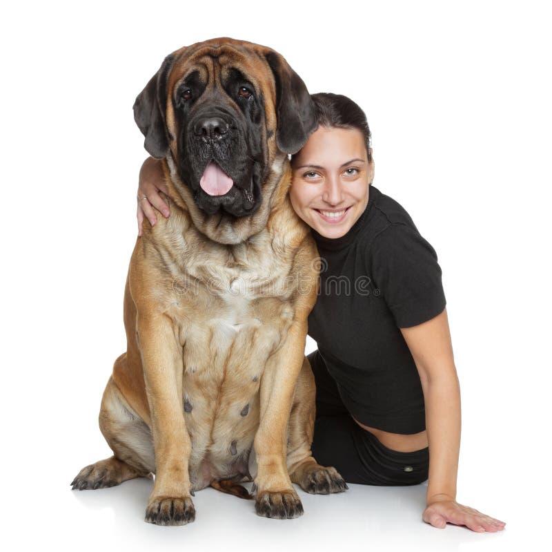 Mooie vrouw en Engelse Mastiff royalty-vrije stock foto's