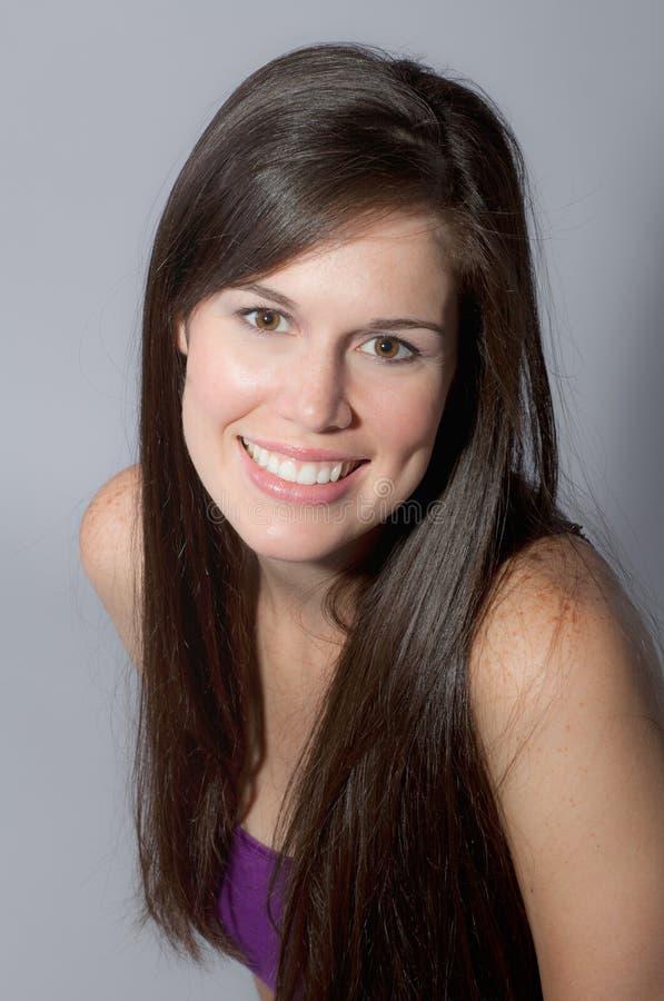 Mooie Vrouw met Grote Glimlach royalty-vrije stock fotografie