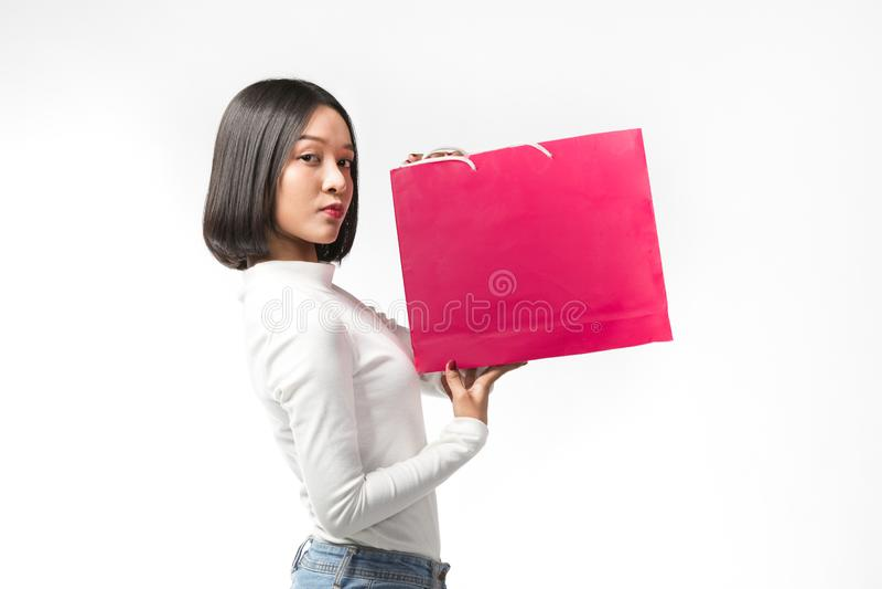Mooie vrouw met het winkelen zak royalty-vrije stock foto