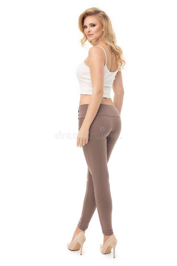 Mooie vrouwelijke model toevallige stijl stock foto's