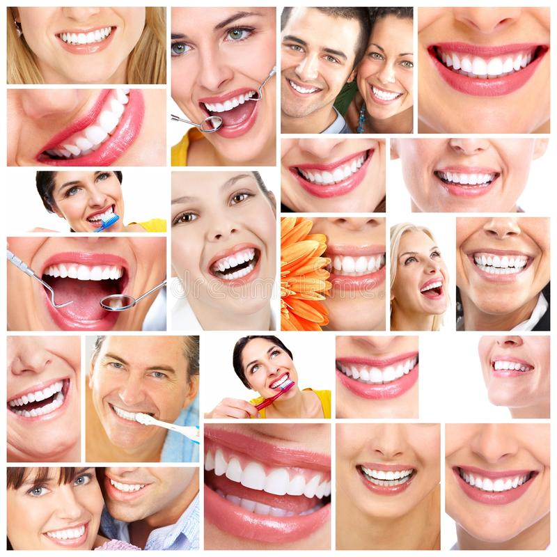 Mooie vrouwenglimlach. stock fotografie