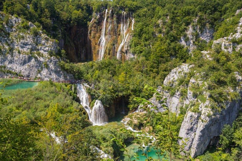 Mooie waterval in Plitvice-Meren Nationaal Park Kroatië royalty-vrije stock foto's