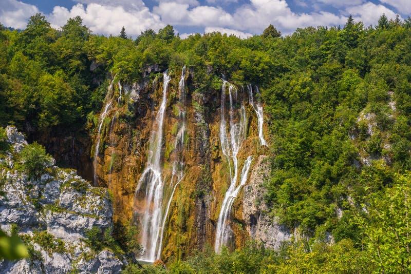 Mooie waterval in Plitvice-Meren Nationaal Park Kroatië royalty-vrije stock fotografie