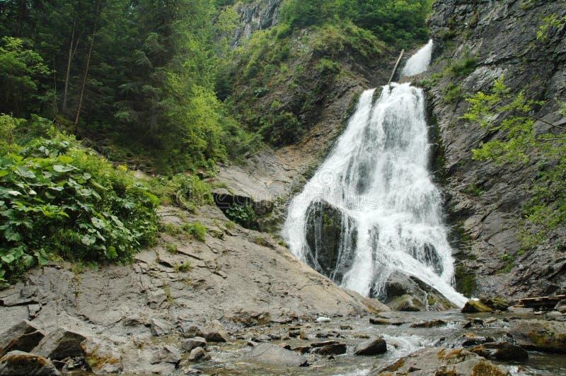 Mooie waterval in Transsylvanië royalty-vrije stock fotografie