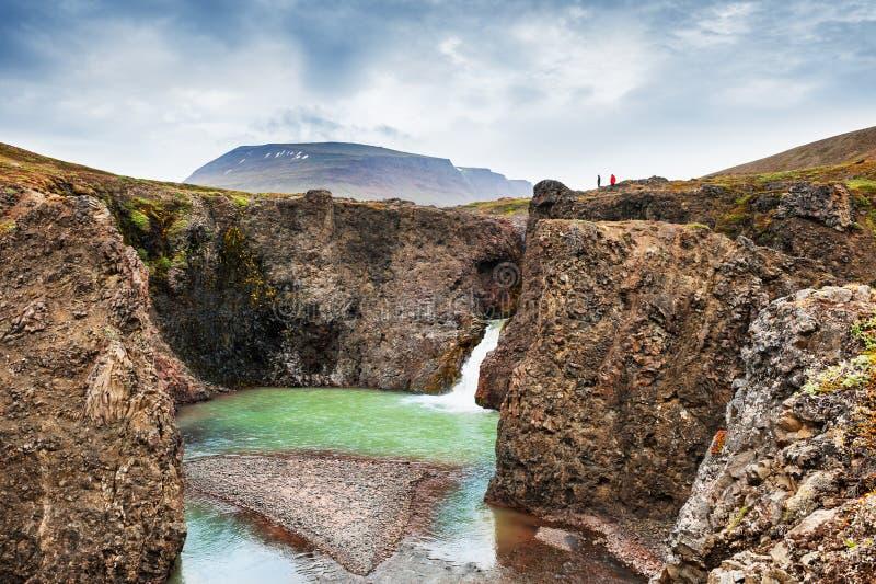 Mooie waterval in westelijk Groenland royalty-vrije stock fotografie