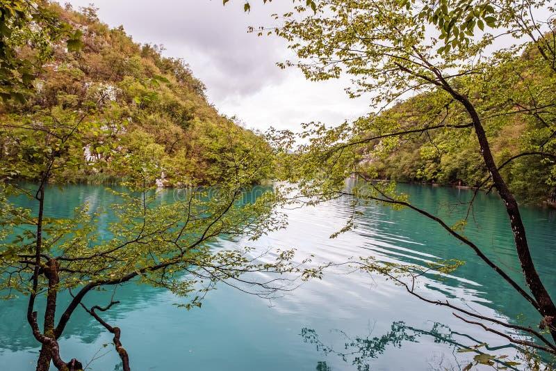 Mooie watervallen in Plitvice-Meren Nationaal Park, Kroatië royalty-vrije stock foto's