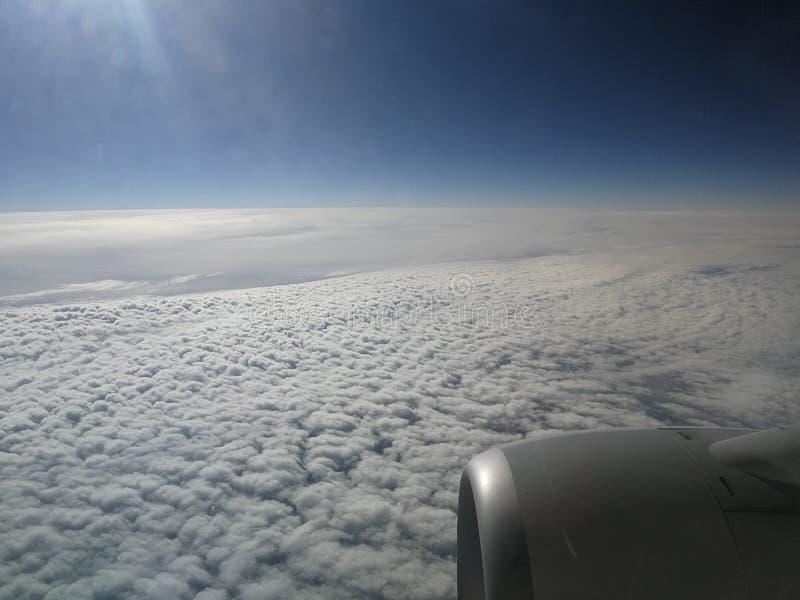 Mooie wolken en hemel stock fotografie