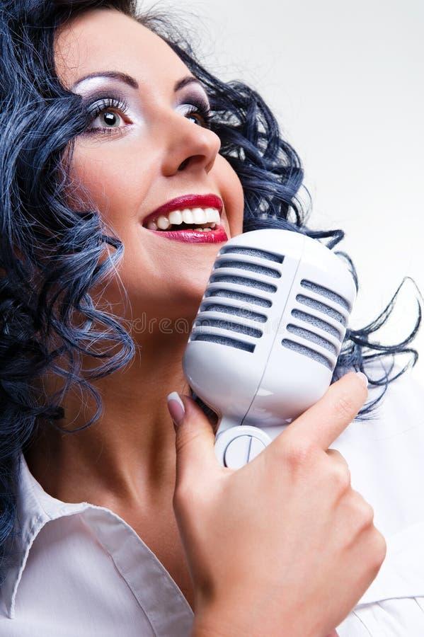 Mooie zanger royalty-vrije stock afbeelding