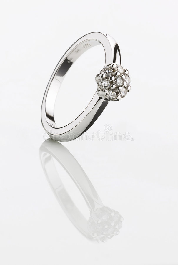 Mooie Zilveren Ring stock afbeeldingen