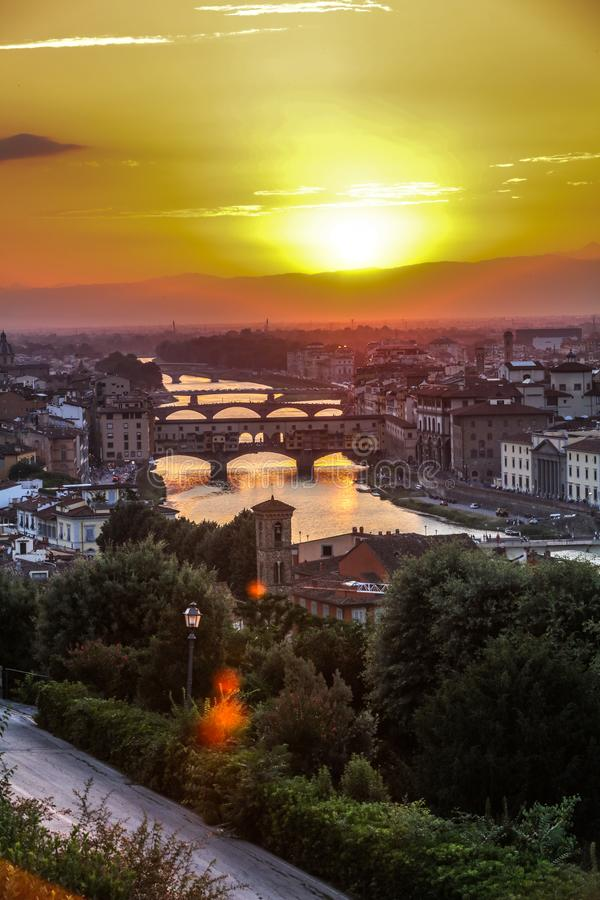 Mooie zonsondergang in Florence, Italië royalty-vrije stock afbeelding
