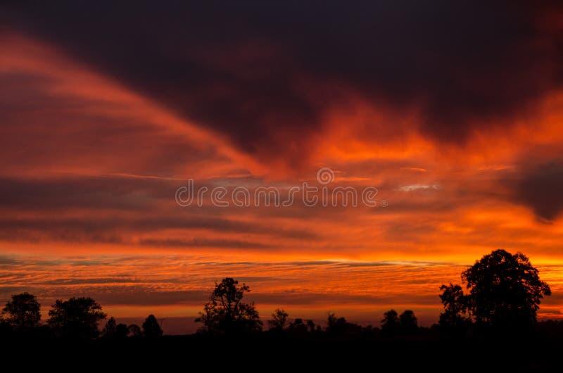 Mooie Zonsondergang over Masurian-Meerdistrict royalty-vrije stock afbeelding