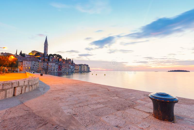 Mooie zonsondergang in Rovinj royalty-vrije stock afbeelding