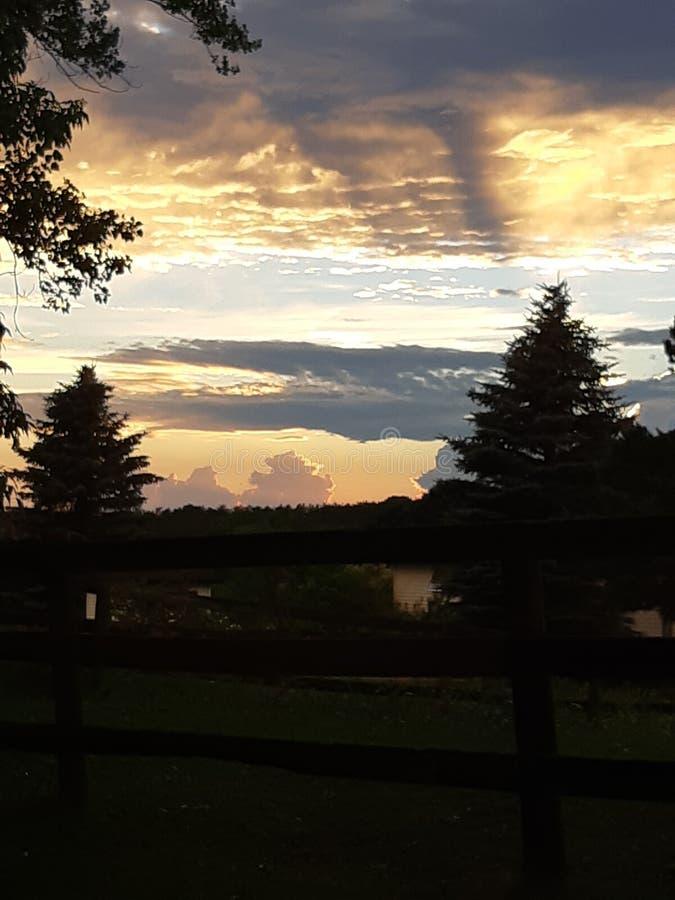 Mooie zonsondergang Stouffville Ontario Canada royalty-vrije stock afbeelding