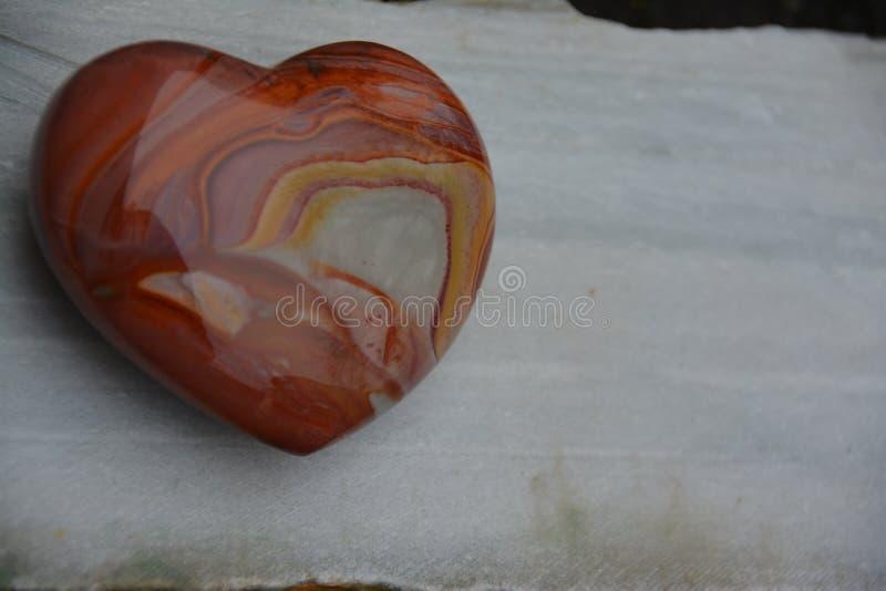 MOOKAITE HEART CRYSTAL arkivfoton