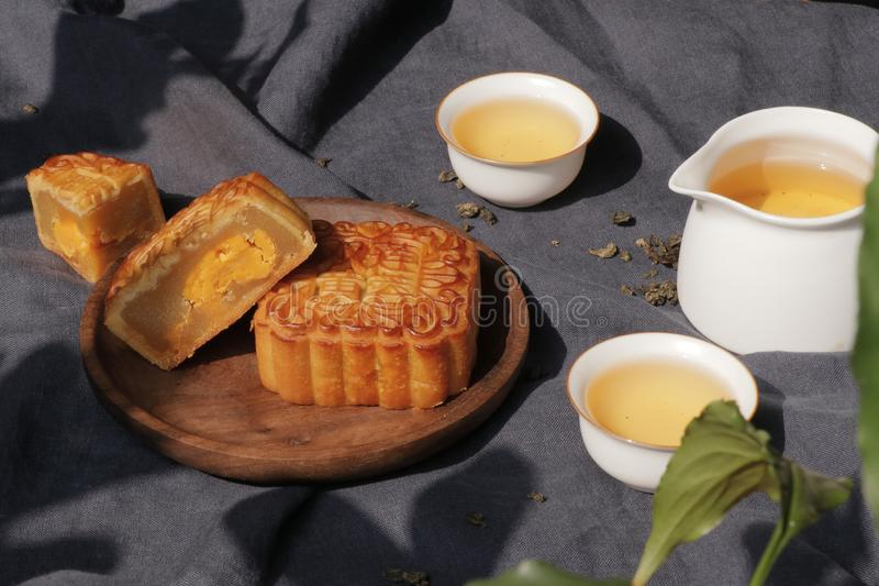 Moon cake and tea for mid-autumn festival stock images