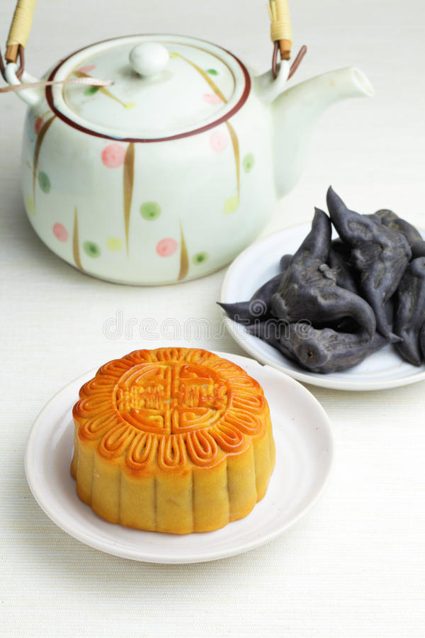 Download Moon Cake With Tea And Water Caltrop Stock Photo - Image of pastry, feast: 26800866