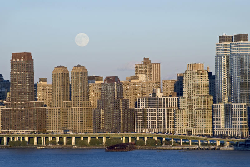 Download Moon Rise Over Manhattan stock image. Image of manhattan - 16634249