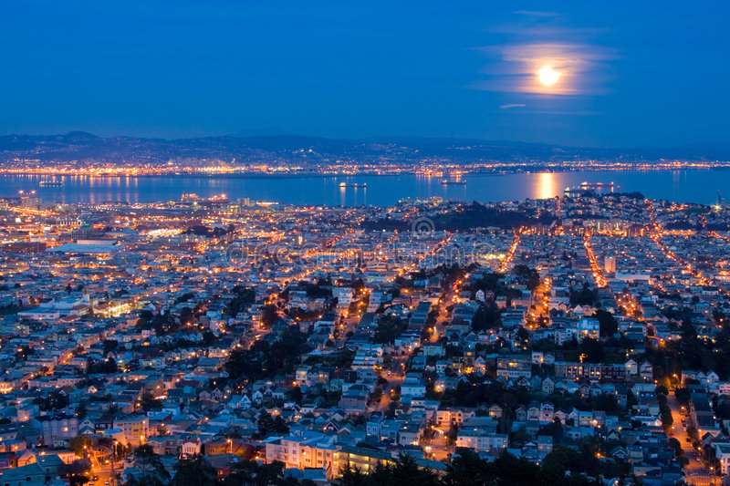 Moon San Francisco. Full Moon Rising Over San Francisco royalty free stock photo