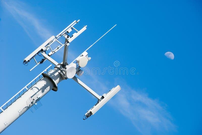 Download Moon skytelecomtornet fotografering för bildbyråer. Bild av kommunikationer - 3547149