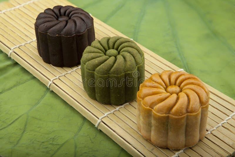 Moon traditionellen Kuchen des Kuchens des Vietnamesen - chinesisches mittleres Herbstfestivallebensmittel stockbilder