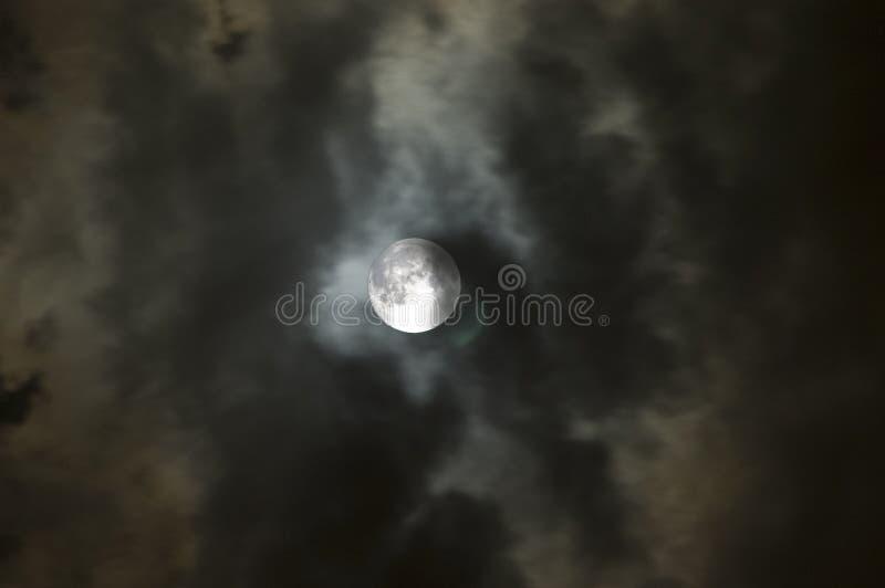 Moon2 tempestuoso imagenes de archivo