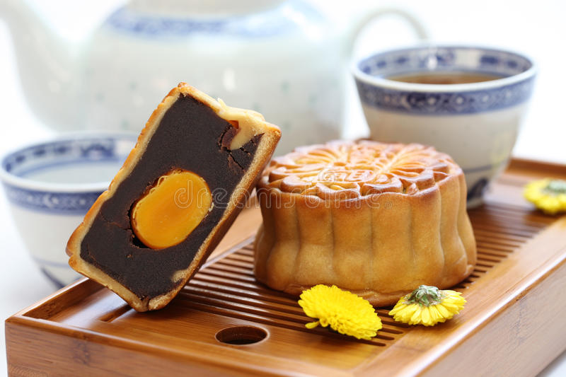 Mooncake, κέικ φεγγαριών στοκ φωτογραφίες