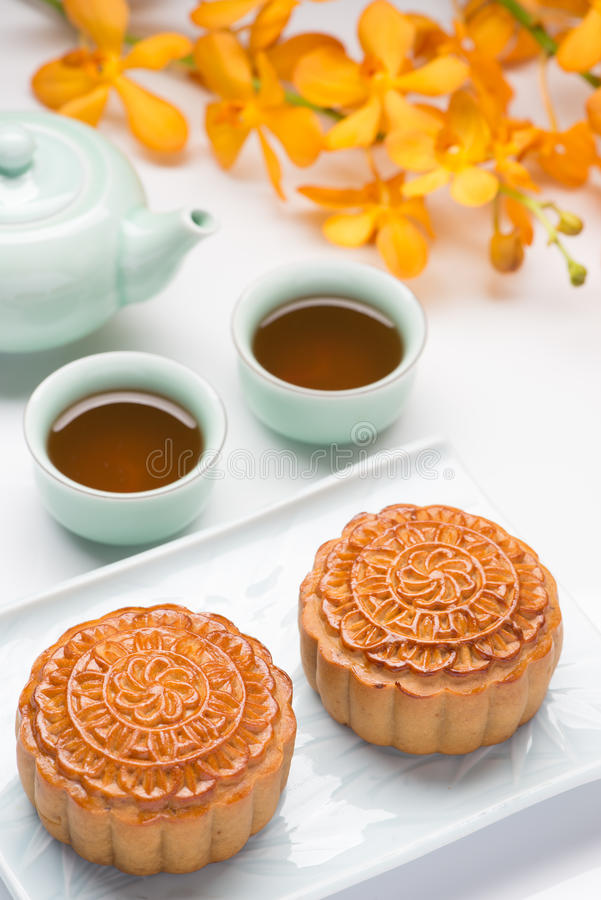 Mooncake en thee royalty-vrije stock foto